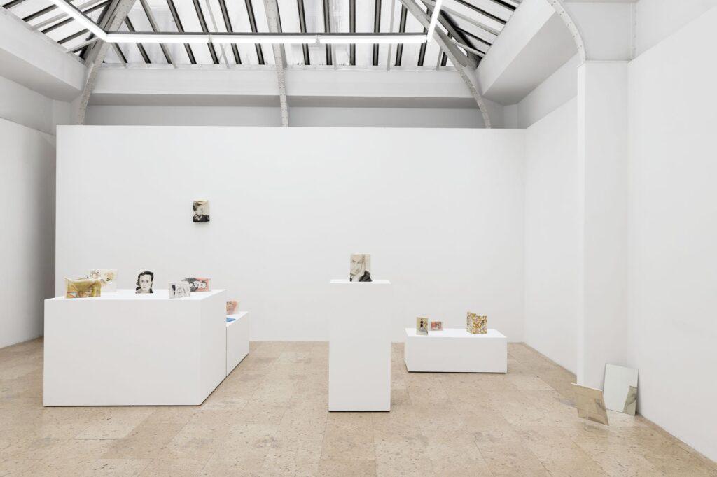 art galleries paris